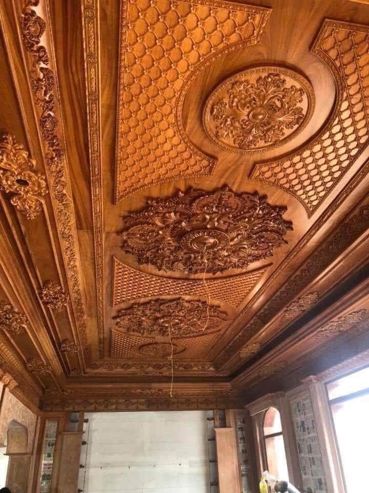 Mẫu trần gỗ tân cổ điển