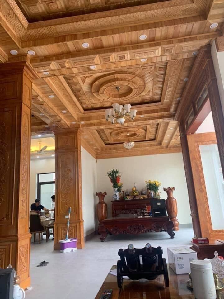trần gỗ xoan thi công tại Đông Triều Quảng Ninh