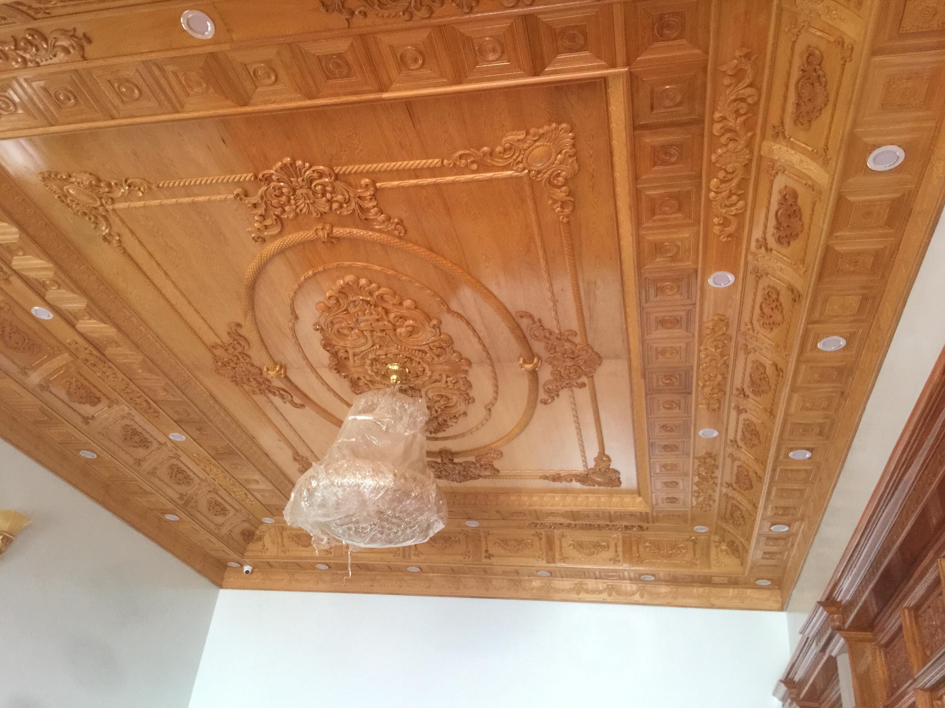 trần gỗ đẹp tại Hà Nội